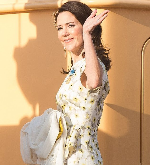 Crown Princess Mary wore a modern headpiece from 'Petit Frost' collection of Ole Lynggaard and Gianvito Rossi pumps, a Yves Saint Laurent clutch bag