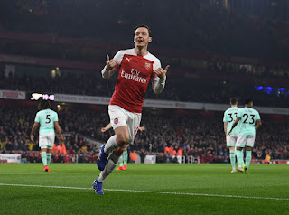 mesut ozil scores against Bournemouth