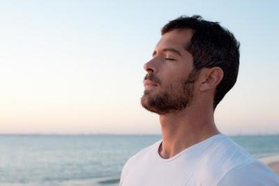 15 Cara Efektif dan Alami untuk Mengatasi Cegukan