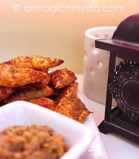 Sfogliette con Paté di Carciofi e Pomodorini Secchi