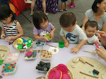 Pop-Up Loose Parts Play