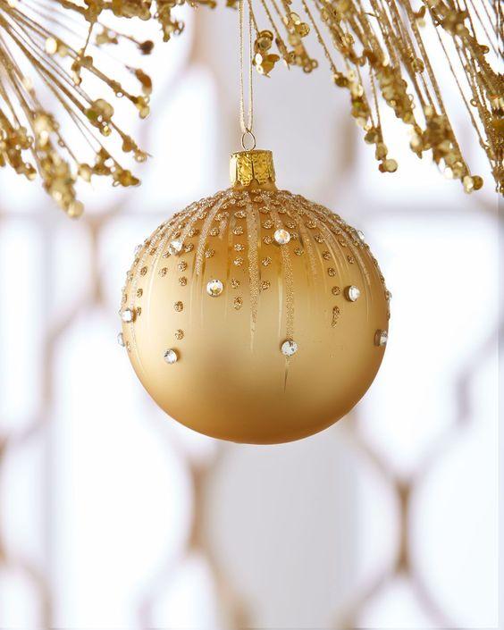 brillantes para esta bola navideña