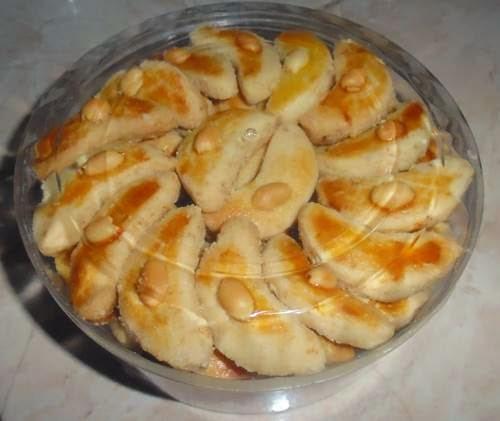 Resep Dan Cara Membuat Kue Kacang Bulan Sabit Renyah Gurih