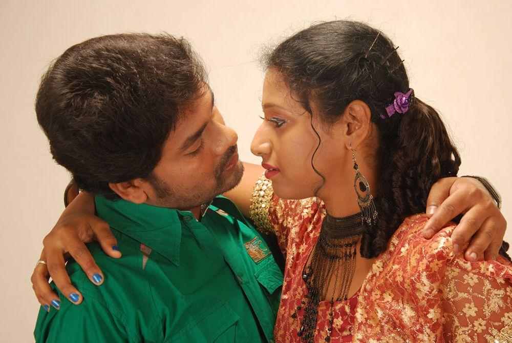 Tamil movie 4 hot stills
