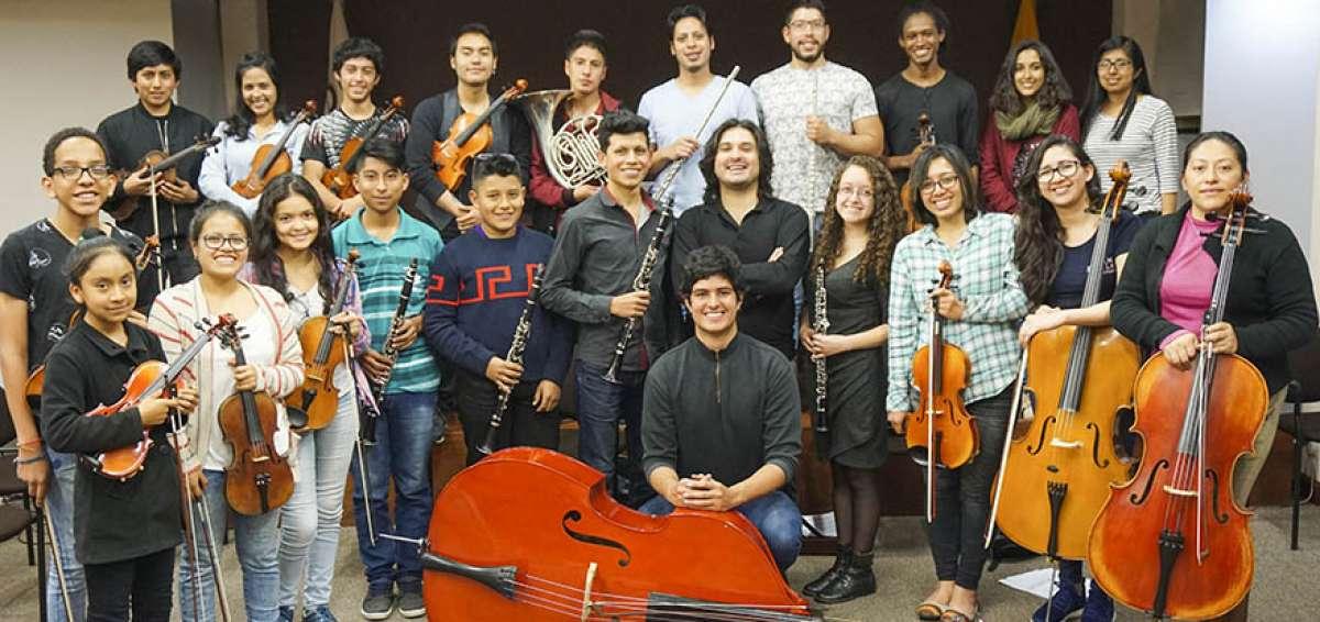 La Orquesta Joven de Ecuador, dirigida por Diego Carneiro dará el 2do concierto sin fronteras en la ciudad de Quito