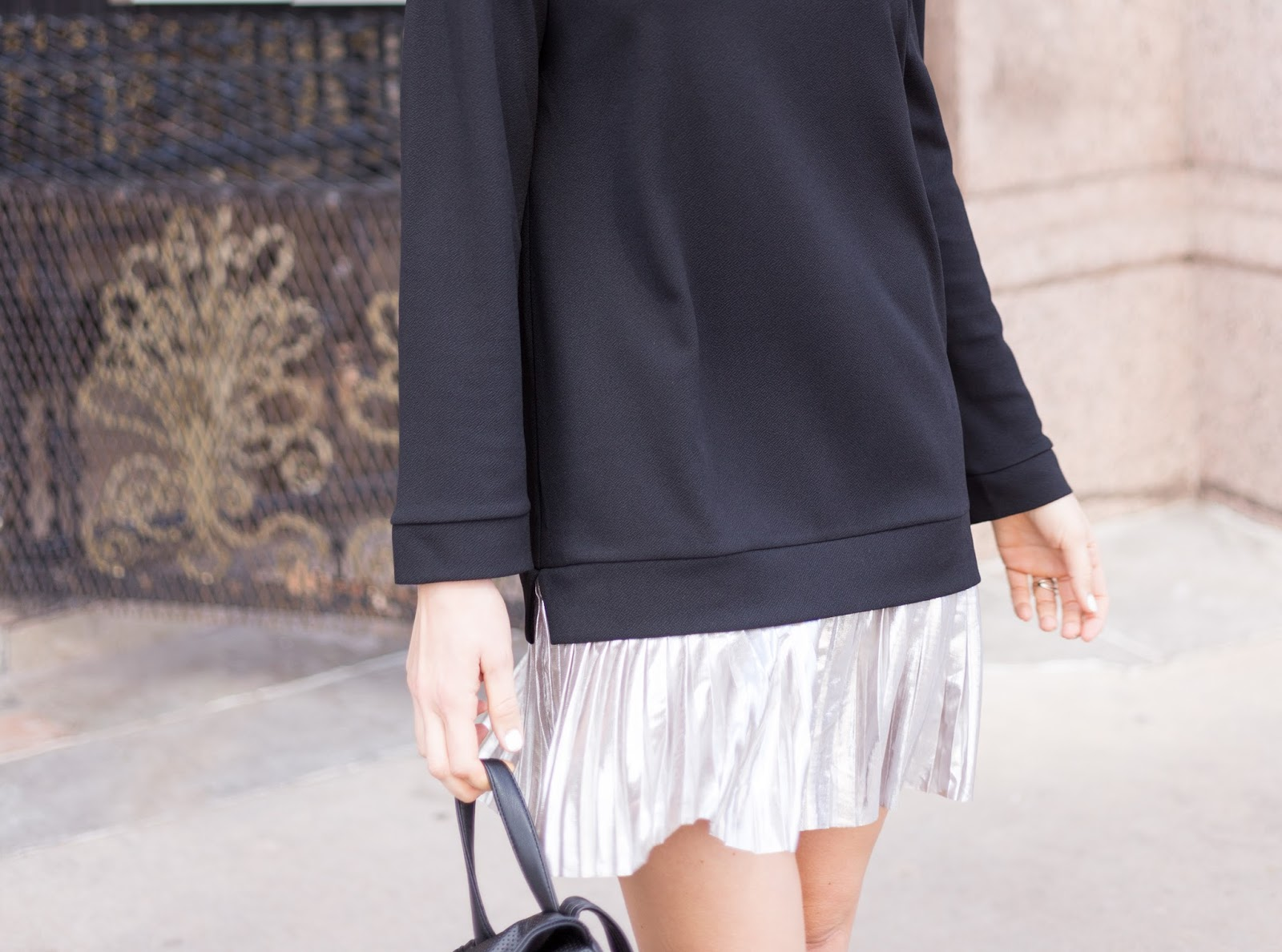 love this oversized sweatshirt and metallic mini!