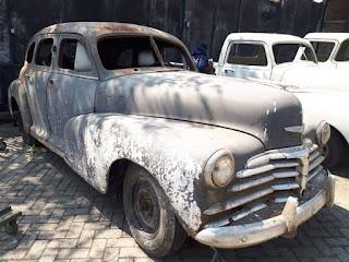 Dijual Bahan Sedan Antik Utuh Chevrolet Fleetmaster 1946 bersurat
