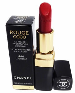 Labial rojo Chanel
