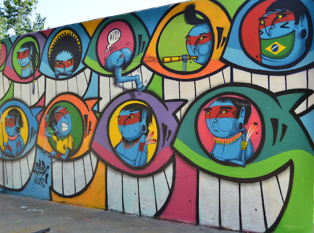 Street Art Collaboration Between PEZ and Cranio on the streets of Barcelona, Spain. 2