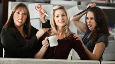 5 Tanda Rekan Kerja Tidak Suka dengan Anda