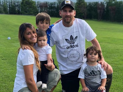 Lionel Messi Enjoys International Break With Family
