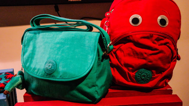 Kipling KAEON collection