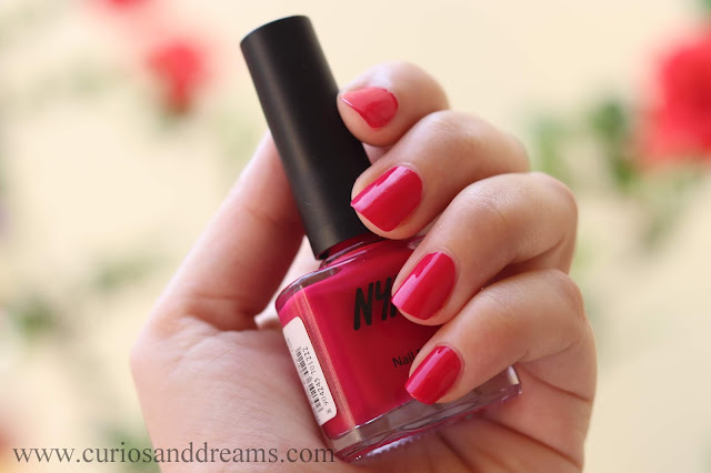 Nykaa nail polish, Nykaa floral carnival nail polish, review, swatch, hot pink poppy