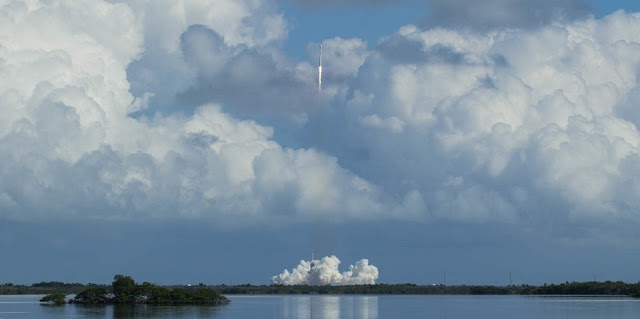 SpaceX launches the secretive X-37B spaceplane just days before Hurricane Irma is forecast to approach the Space Coast. Photo Credit: Tom Cross / SpaceFlight Insider