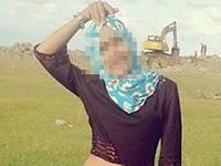 Berhijab Tapi Pamer Perut, Wanita Cantik ini Ramai Dihujat Netizen