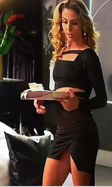 Atena (Giovanna Antonelli) vestido preto A regra do jogo
