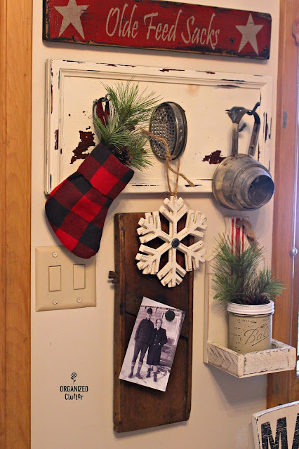 Rustic Christmas Vignettes #upcycle #repurpose #cuttingboard #drawer