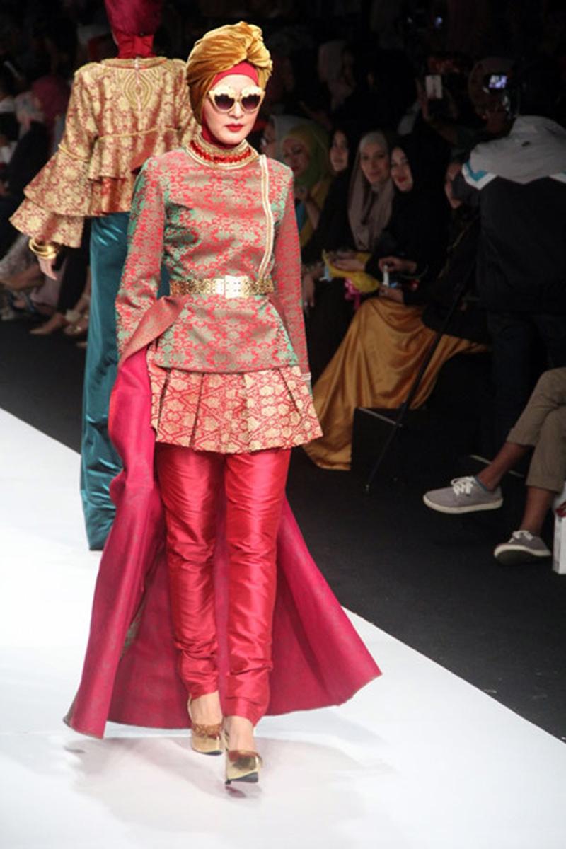 Koleksi Model Busana Karya Dian Pelangi  Butik Busana Sederhana