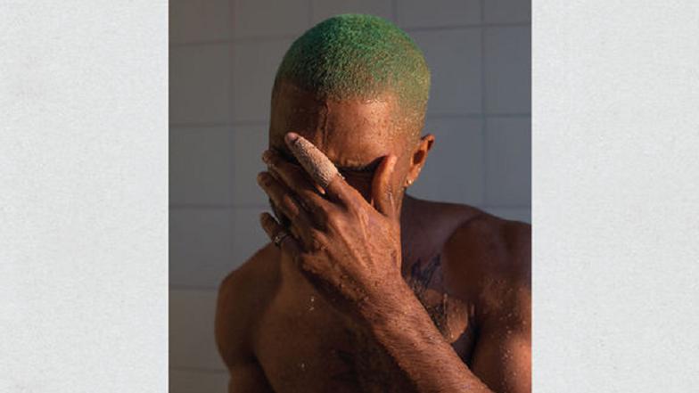 """O novo álbum do cantor não se chama """"Boys Don't Cry"""", mas, sim, """"Blonde"""", e já está na Apple Music."""