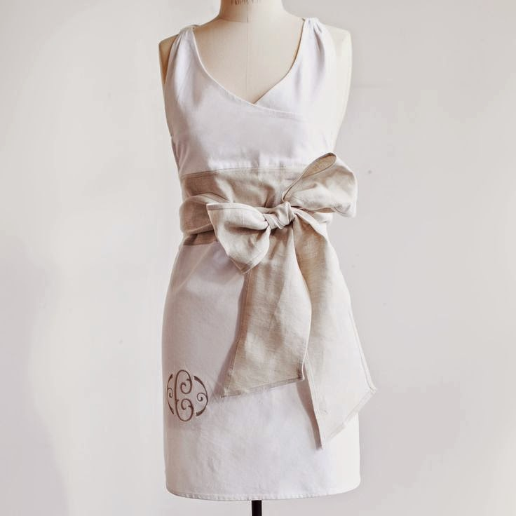 http://www.laylagrayce.com/Products/IceMilk-Full-Apron-Frosty-Tin-Marshmallow-Personalized__IM3B-P.aspx