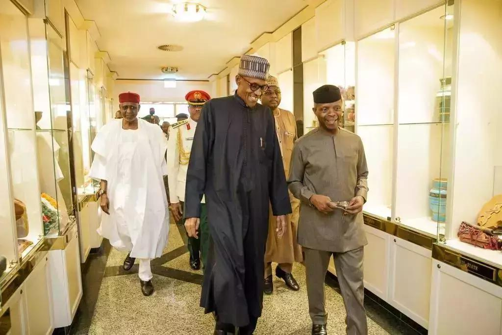 Reasons Why President Buhari left London by 1 a.m in the morning and to go back in 3 weeks