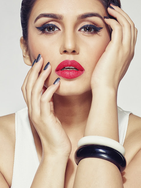 Huma Qureshi Blue Heaven Cosmetics Photoshoot