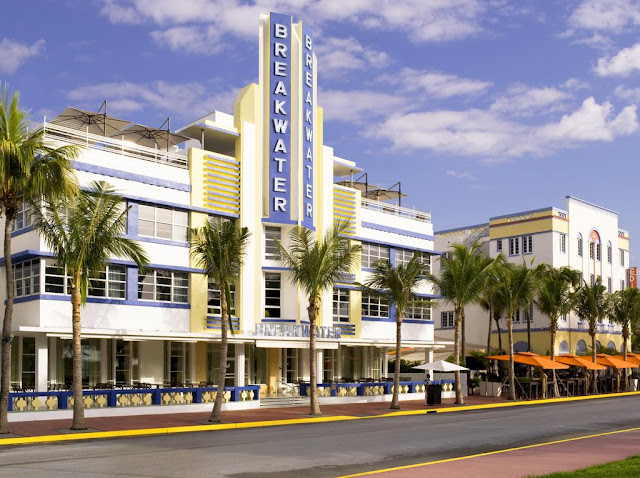 Hotel Breakwater South Beach, located at the corner of 10th Street and legendary Ocean Drive, is an icon of the Miami Beach Art Deco District.