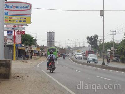 Jalan Raya Natar di sekitar fly-over Pasar Natar