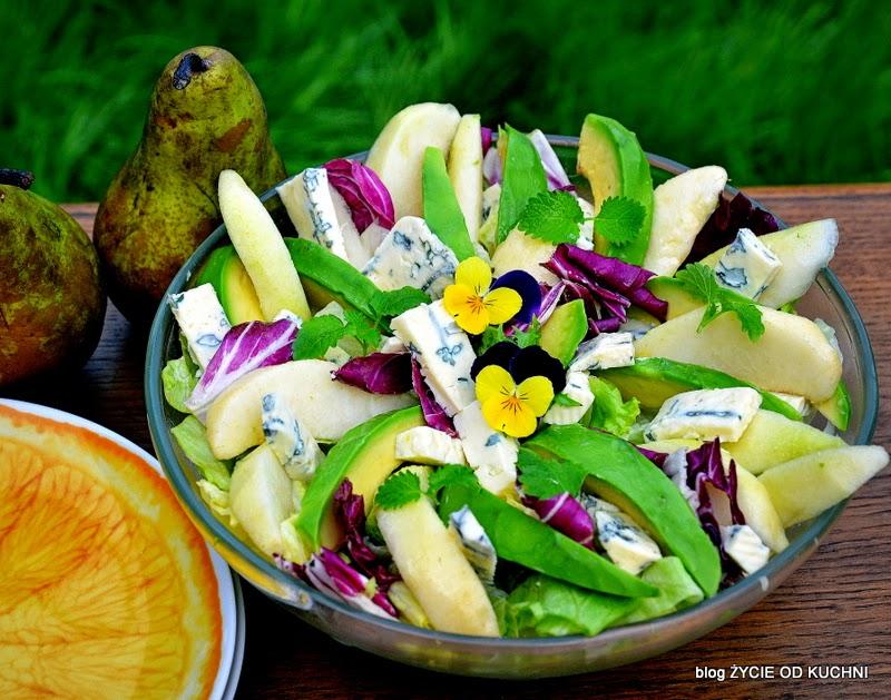 salatka, salatka do grilla, awokado, gruszka, salatka z awokado, salatka z gruszka, do grilla, grillujemy, majowka, weekend, blog, zycie od kuchni