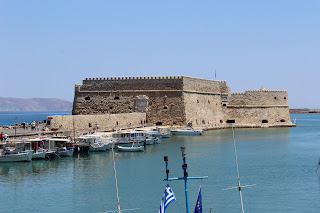 Clothes & Dreams: 48 hours in Crete, Heraklion.