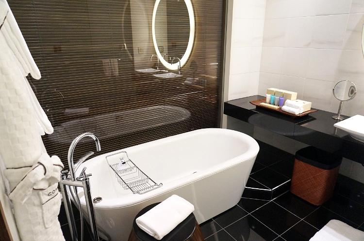 Conrad Tokyo, Japan, hotel room, Euriental