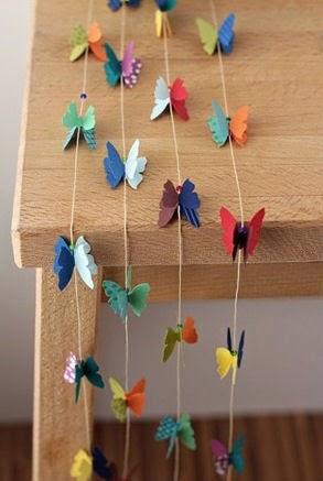 Decoraci n de una habitaci n con cortinas de mariposas de - Como hacer mariposas de papel para decorar paredes ...