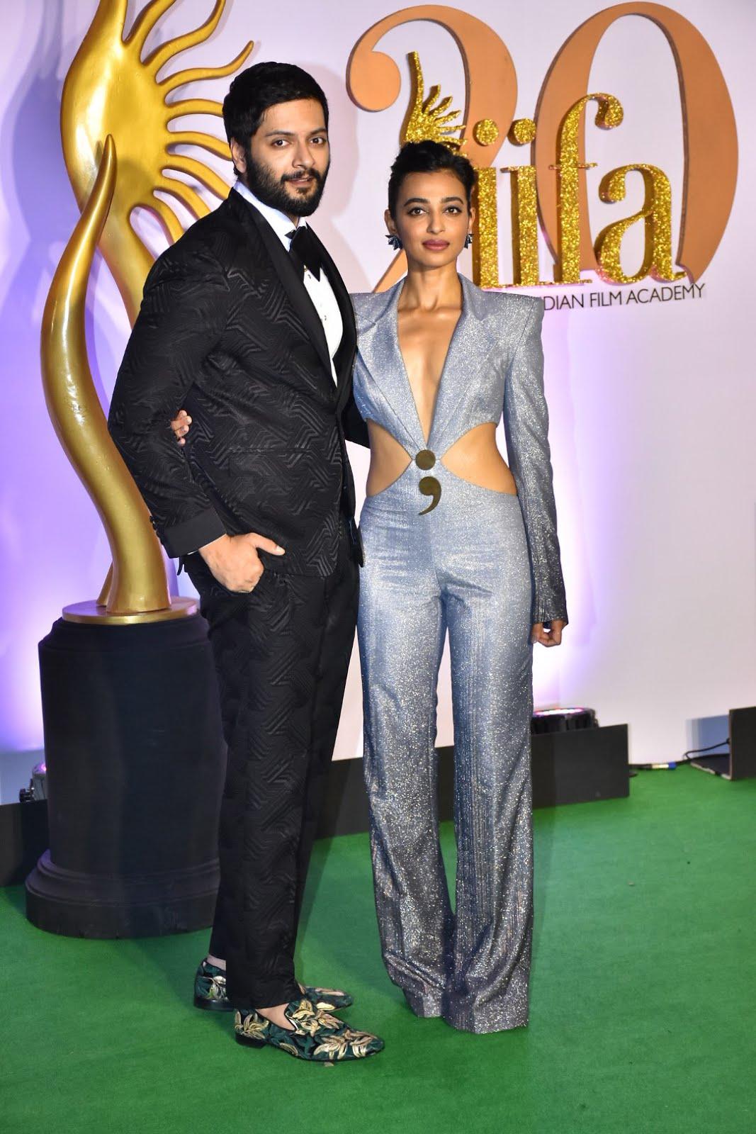 IIFA Awards 2019 Hindi 480p HDRip 600MB