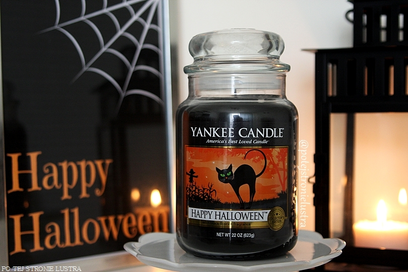 duża świeca zapachowa yankee candle happy halloween