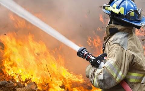 Teljes terjedelmében égett egy személyautó Tiszakécske térségében