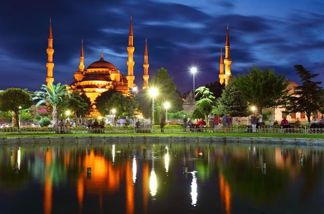 ISTANBUL: Memoar of a Lovely City