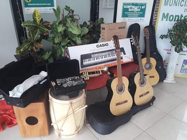 La provincia entregó varios instrumentos musicales al municipio