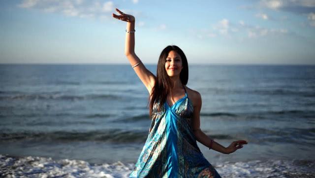 एना मुखेथी उनुं उनुं सत्य नीकळी गयु Gujarati Kavita By Naresh K. Dodia