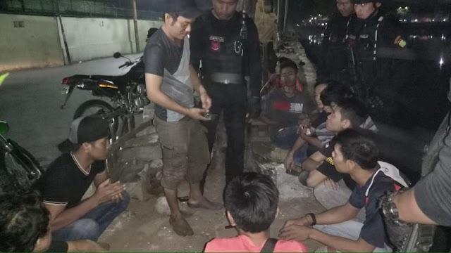 Lagi Asyik Main Judi, Pekerja Pabrik Diciduk Polisi