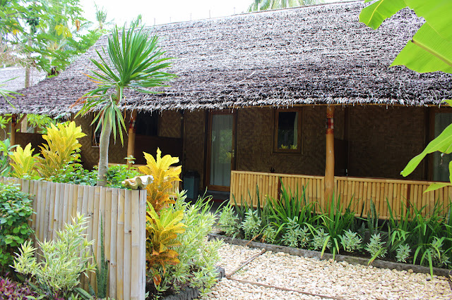 double room full moon bungalow