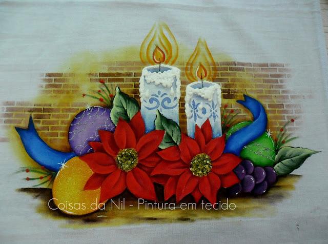 pintura em tecido velas de natal com flores bico de papagaio, bolas e uvas