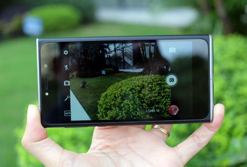 obi-worldphone-sf1-camera