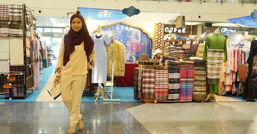 Raya Shopping at The Great Eastern Mall