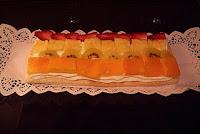 Hojaldre de nata y fruta fresca