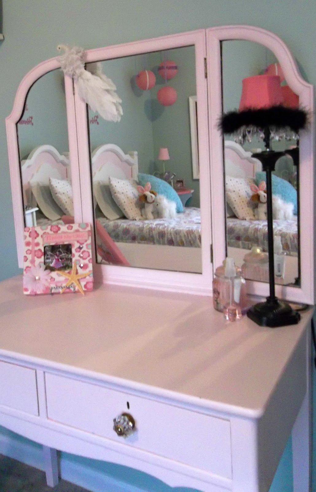 Vintage, Paint and more... chalk painted pink vintage vanity for a little girls room