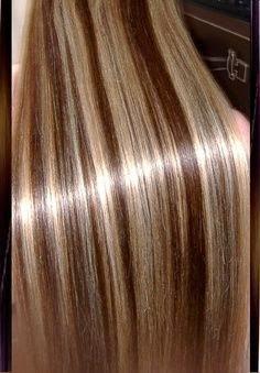 Platnium Blonde Hair With Caramel Highlights And