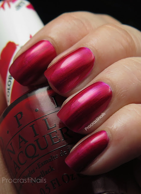 Swatch of OPI Magenta Muse from the 2015 Color Paints Collection