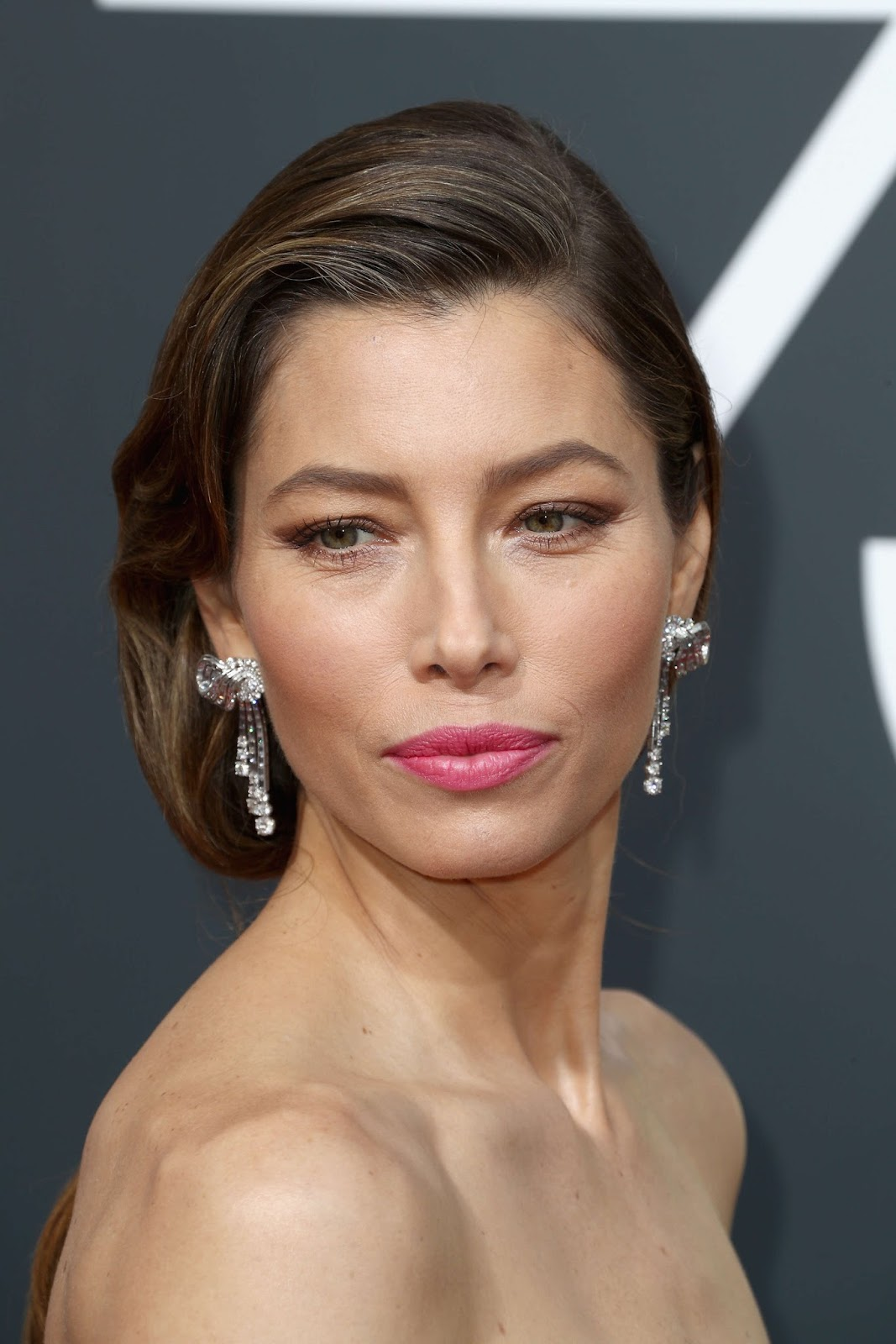 Jessica Biel Posing at 75th Annual Golden Globe Awards