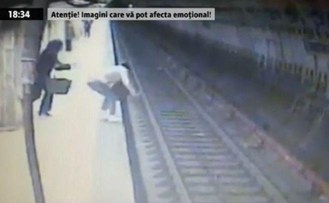 Γυναίκα, στην Ρουμανία, σπρώχνει νεαρή στις γραμμές του Μετρό και την σκοτώνει! (Βίντεο)