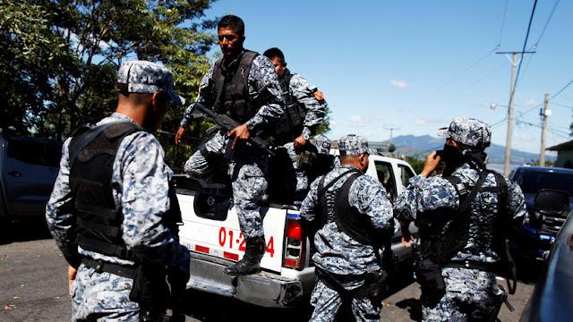 Acribillan a tiros a un sacerdote en plena Semana Santa en El Salvador